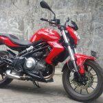 Yamaha R25 2019 Yeni Kasa Motosiklet İncelemesi